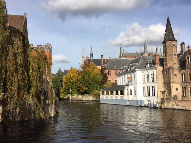 medieval buildings on water in Bruges